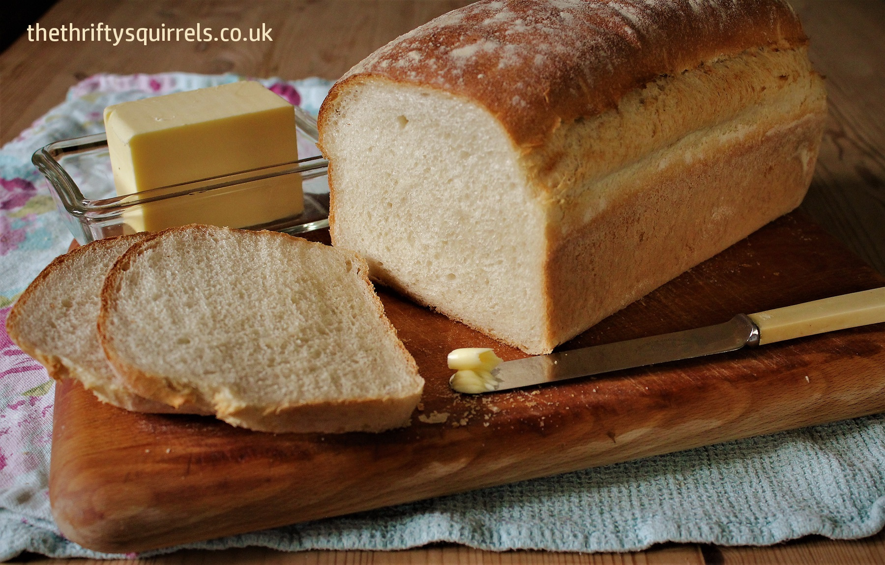 how to keep bread crusty